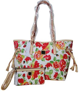 Dooney & Bourke Bailey Rose Garden Brand New Rs319wh Tote in White
