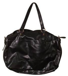 Hollywood Intuitions Classic Structured Satchel in Black