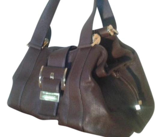 Preload https://img-static.tradesy.com/item/19356959/michael-kors-huge-brown-leather-satchel-0-1-540-540.jpg