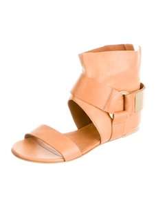 Vic Matié Spring Summer Nib Leather Camel Sandals