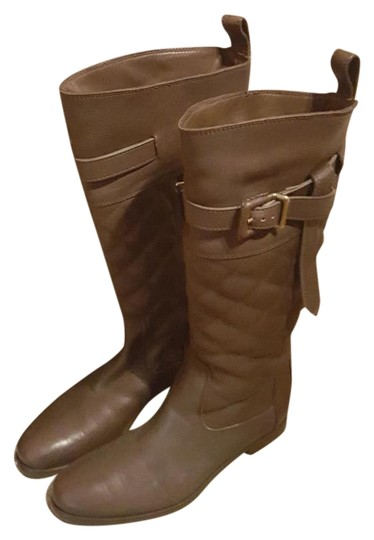Preload https://img-static.tradesy.com/item/19357316/burberry-brown-leather-bootsbooties-size-us-95-0-2-540-540.jpg