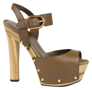 Gucci Leather Clog Sandal With Brown 2527 Platforms