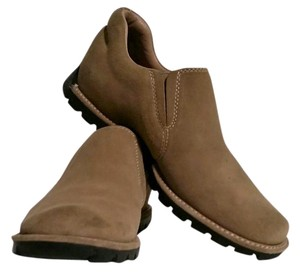 Cole Haan Suede sand Boots