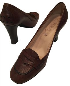 Tod's Chunky Heel Penny Loafer Rubber Studs Rubber Sole Brown Pumps