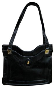 Lou Taylor Satchel in Black