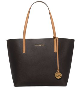 Michael Kors Jet Set Item Tote in Dark Brown/Peanut
