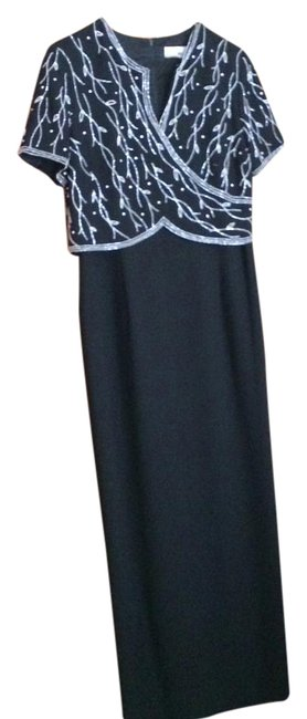 Item - Black - Long Formal Dress Size 14 (L)
