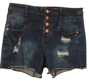 Refuge Jeans Cut Off Shorts Dark wash denim