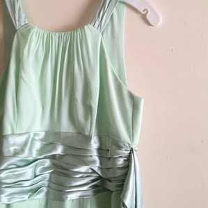 David's Bridal Mint Green Chiffon Traditional Bridesmaid/Mob Dress Size 6 (S)