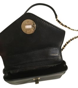 Tory Burch Satchel in black and gold