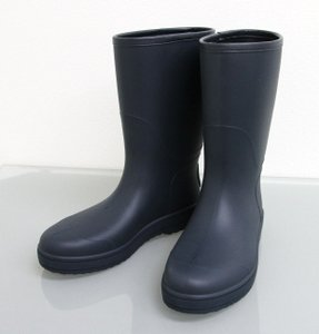 28c11e446ec Gucci Navy Men s Rain Boots 7g W Interlocing G 202752 Shoes