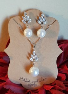 Bridal Pearl Drop Cz Necklace Set / Bridesmaid Gift Set