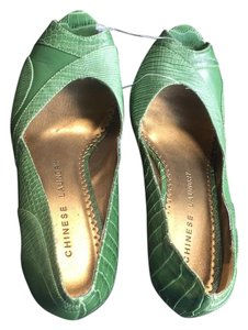 Green wedge Wedges