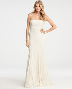 Ann Taylor Jasmine Lace 268002 Wedding Dress