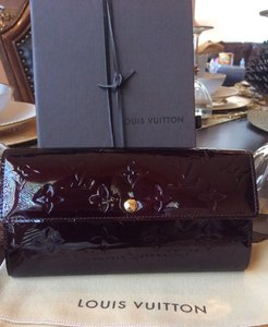 Louis Vuitton Louis Vuitton Vernis Sarah Wallet