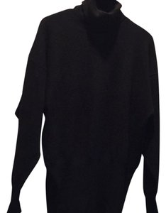 Escada Turtleneck Cashmere Sweater