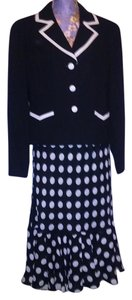 Amanda Lane NWOT Amanda Lane Black & White Polka Dot Skirt Jacket Suit Set