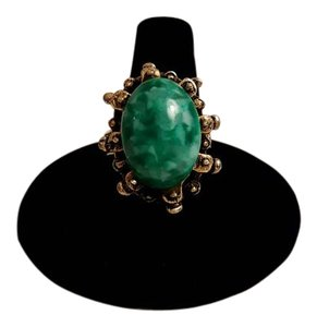 Vintage Green Cabochon Etruscan Revival Statement Ring