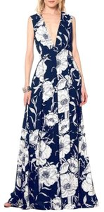 Black Maxi Dress by Gracia Maxi Long Floral Vneck