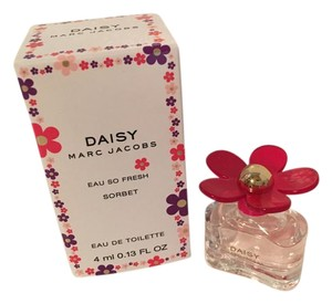 Marc Jacobs NEW Daisy Eau So Fresh Sorbet Mini Fragrance, 4 ml. 0.13 oz.