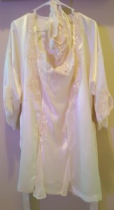 Victoria's Secret Cream Wedding Night Slip with Matching Robe and Panty Set