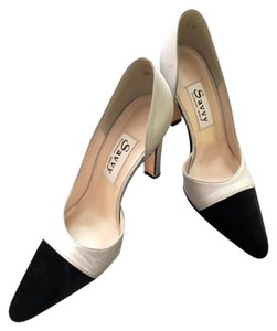 Amir (Saavy) Leather Closed Toe Night Out Formal Silver and Black Velvet Pumps