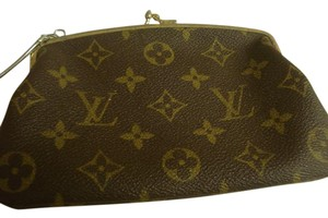 Louis Vuitton VINTAGE FRENCH COMPANY KISS LOCK WITH CHAIN COSMETIC CASE