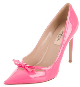 Valentino Patent Leather Bow Rockstud Pink Pumps