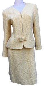 Chanel CHANEL Tweed Front Buckle Skirt Suit