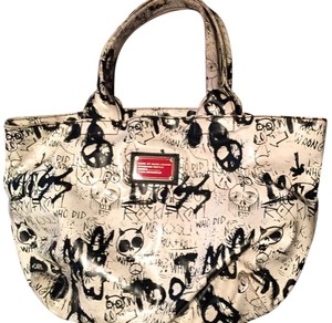 Marc Jacobs Tote in black and white
