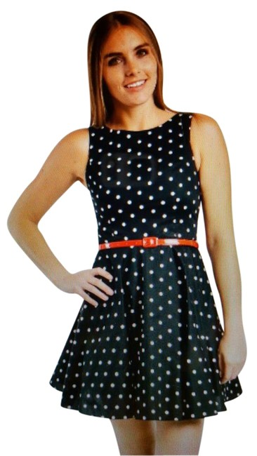 Item - Black with White Polka Dots Blue/ Dahlia Above Knee Short Casual Dress Size 16 (XL, Plus 0x)