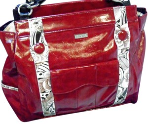 MICHE Magnetic Interchangeable Satchel in red