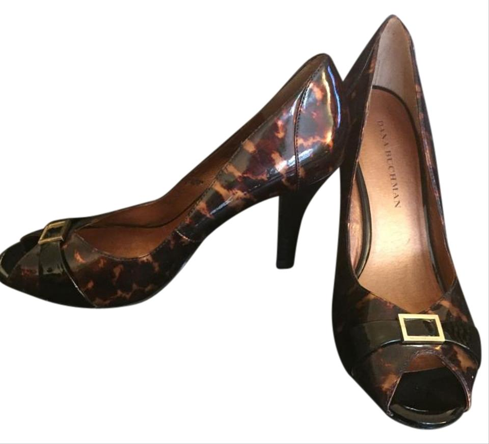 383694062a7d Dana Buchman Pumps - Up to 90% off at Tradesy