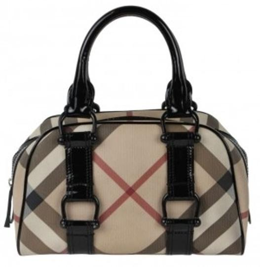 Preload https://img-static.tradesy.com/item/19372/burberry-signature-blackmulti-leather-tote-0-0-540-540.jpg
