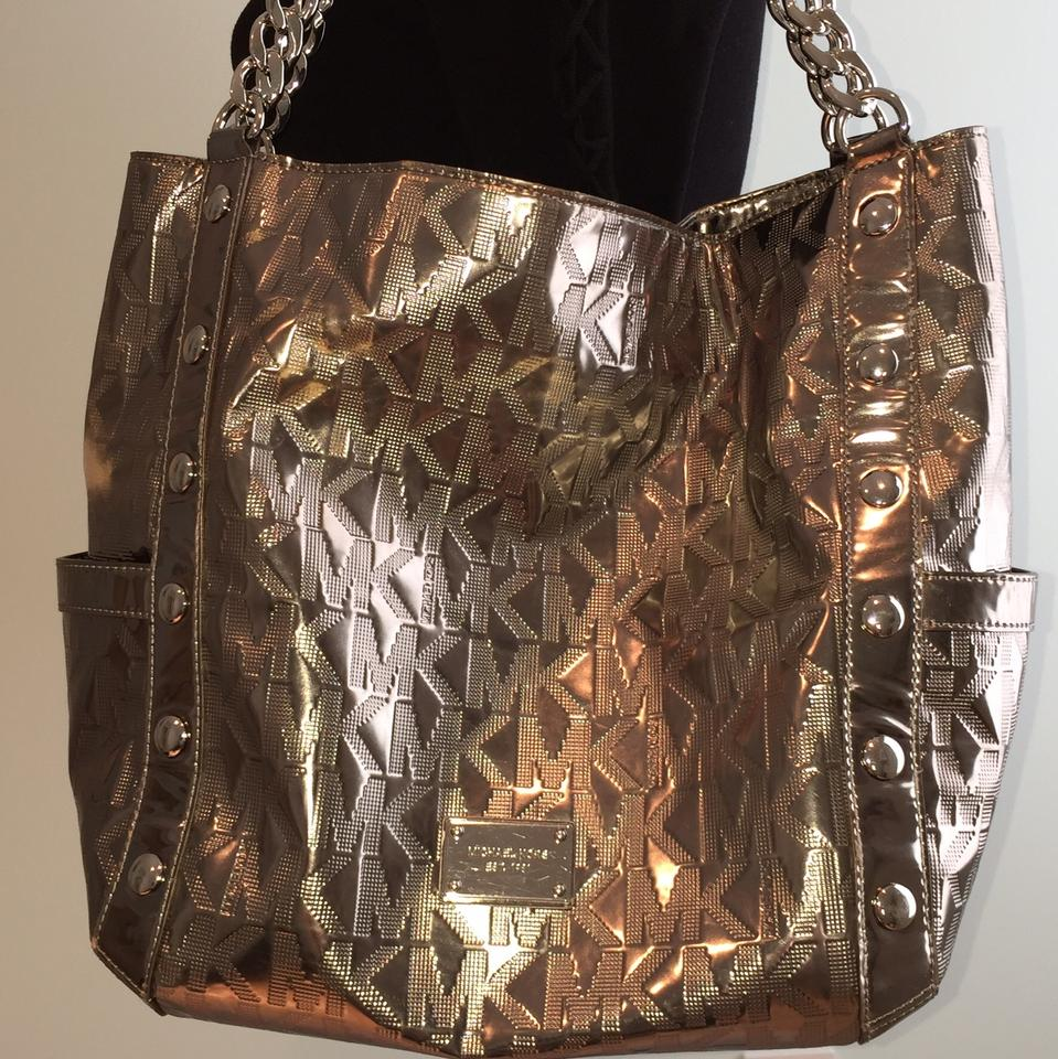 5ee4d6994aa5 MICHAEL Michael Kors Gunmetal Delancy Large Shoulder Silver Metallic  Leather Tote