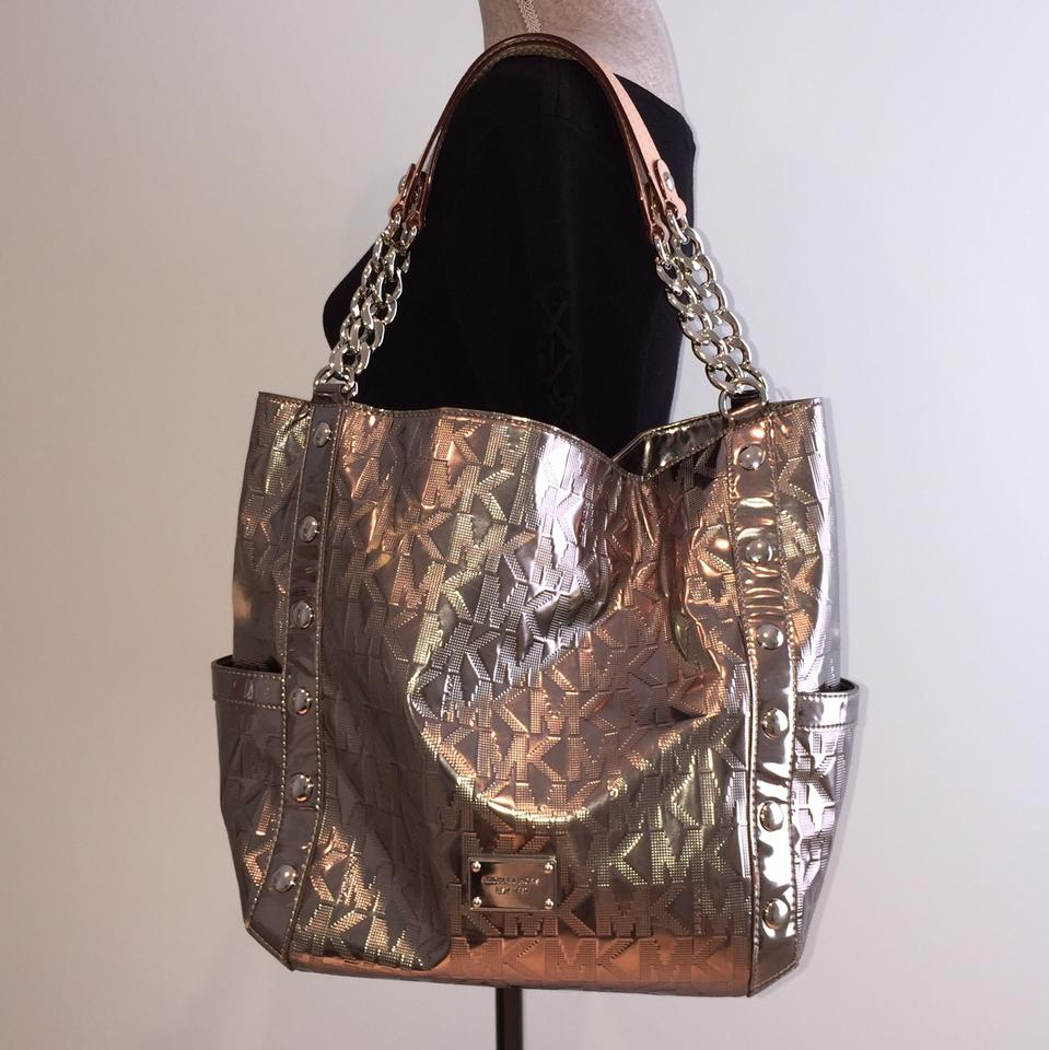 837af163ab03 MICHAEL Michael Kors By Leather Gunmetal Shoulder Casual Fashion Tote in  Silver Tone Metallic Image 10. 1234567891011