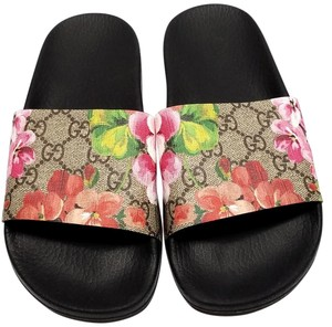 3046ede3d Gucci Slide Logo-print Strap Well-cushioned Rubber Footbed Made In Italy  Black/