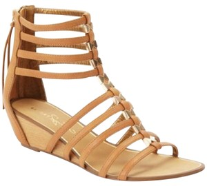 Report Signature Tan and gold Sandals