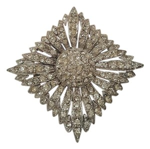 Vintage AJ Signed Crystal Pave Diamond Flower Silver Brooch Vintage AJ Signed Crystal Pave Diamond Flower Silver Brooch
