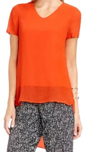 Vince Camuto Top Vivid flame
