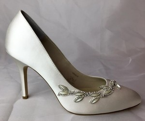 Angela Nuran Grace Wedding Shoes
