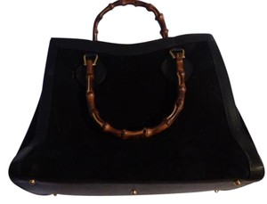 Gucci Extra Large Size Satchel in black