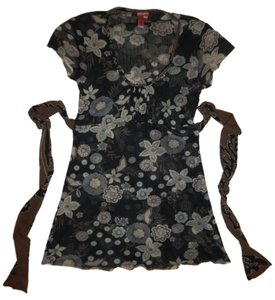 Sweet Pea by Stacy Frati Tie Around Flowers Boho Top Charcoal, Ivory, Beige, Pale Blue