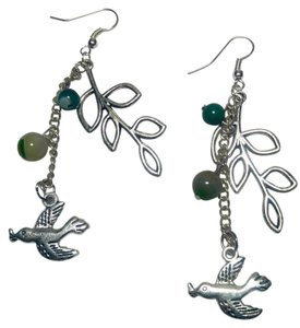 New Bird & Leaf W/ Green Aventurine Stone Earrings J2873