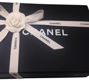 Chanel Jumbo Empty Box, new book, dustbab, tissue, ribbon and flower