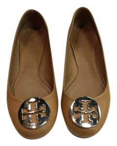 Tory Burch Tan and Gold Flats