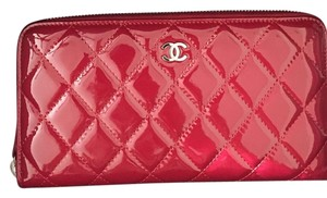 Chanel 11A L-Gusset Zip Wallet 81646 Red