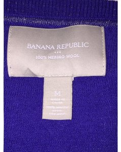Banana Republic Wool Classic V-neck Pullover Sweater