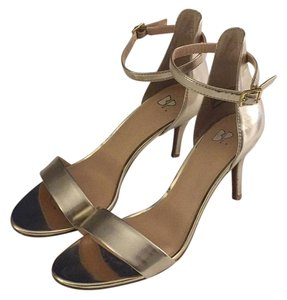 BP. Clothing Gold Pumps