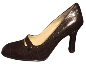 Worthington Brown with Black shading Pumps